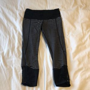 Lulu workout leggings